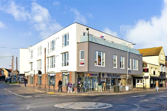 2 bed flat for sale in Broadway House, Wickford, Essex