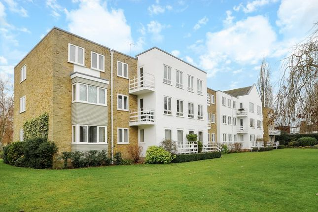 Thumbnail Flat for sale in Braybank, Bray