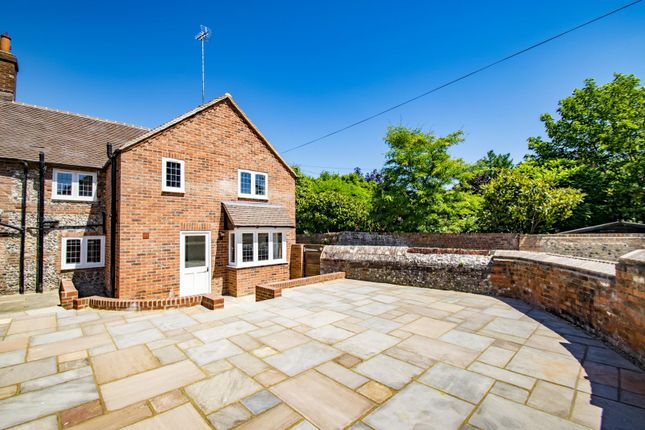 Thumbnail End terrace house for sale in Icknield Cottages, High Street, Streatley, Reading