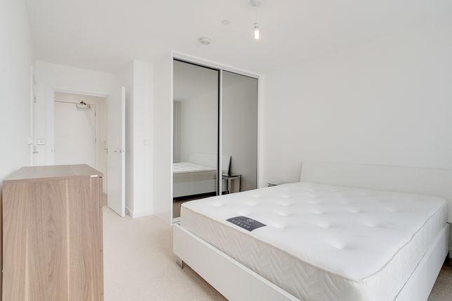 9_Master_Bedroom_2