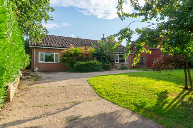 Thumbnail Detached bungalow for sale in Mill Lane, Welton Le Marsh, Spilsby
