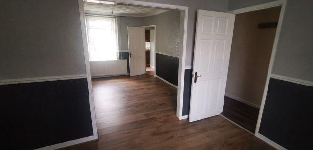 3 bed terraced house to rent in Penbryn Road, Skewen SA10