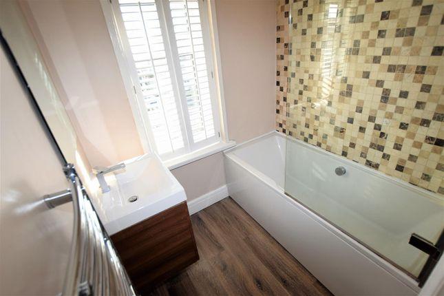 Bathroom of Porth-Y-Castell, Barry CF62