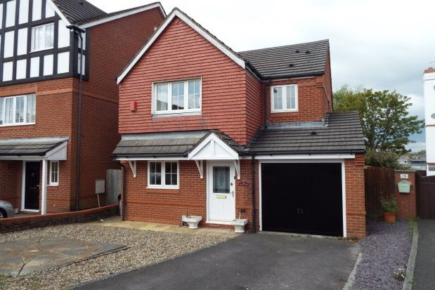 Thumbnail Property to rent in The Grange, Baroness Place, Penarth