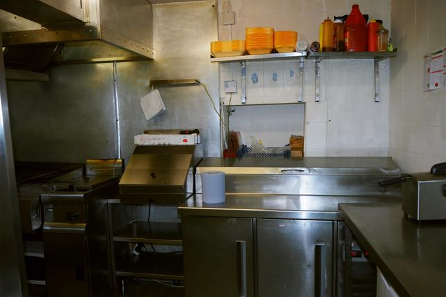 Photo 1 of Hot Food Take Away HD8, Kirkburton, West Yorkshire