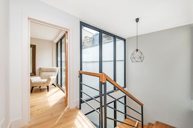 Thumbnail Semi-detached house for sale in Brewhouse Yard, London