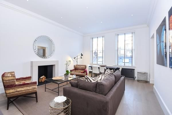 Thumbnail Flat to rent in Roland Gardens, London