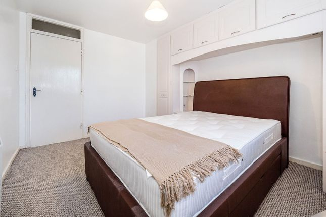 Bedroom of Spring Close, Dagenham RM8