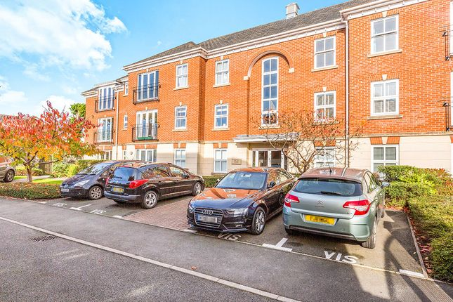 Thumbnail Flat to rent in Priory Walk, Hinckley