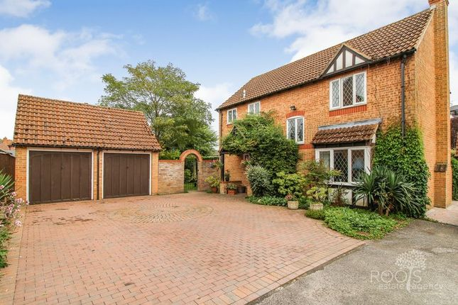Thumbnail Detached house for sale in Hurford Drive, Thatcham