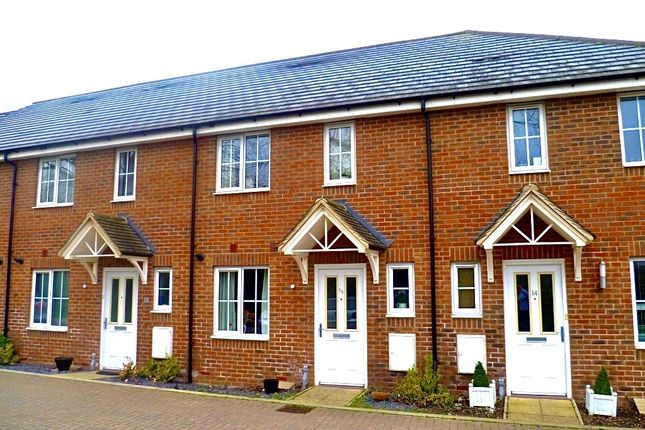 3 bed terraced house to rent in Lydbrook Lane, Parklands, Woburn Sands MK17