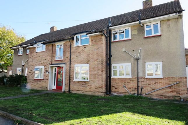 Thumbnail Flat for sale in Lavender Road, Carshalton