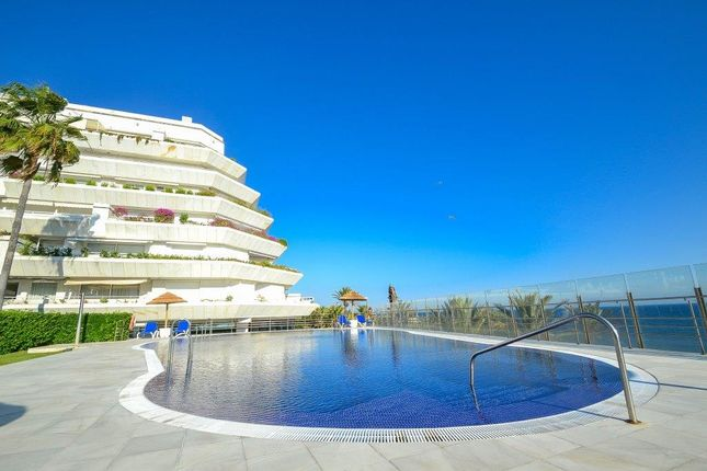 Thumbnail Apartment for sale in Marbella, Málaga, Andalusia, Spain