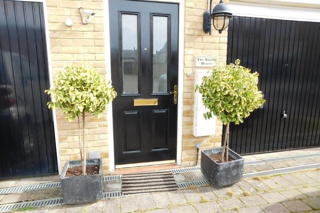Thumbnail Flat to rent in Dickens Boulevard, Stotfold, Hitchin