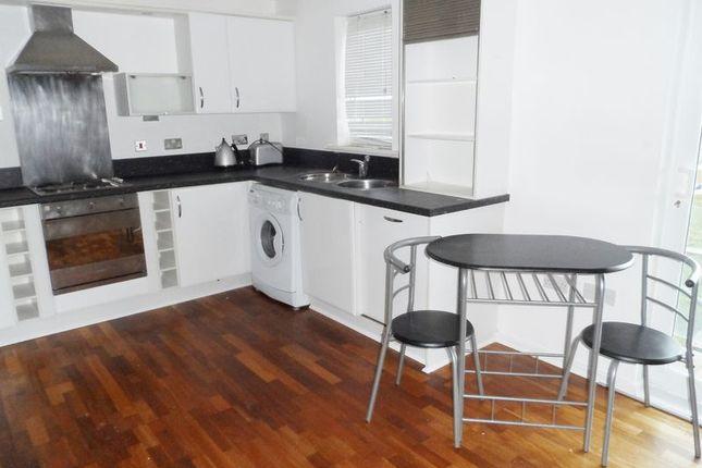 Thumbnail Flat to rent in Pentre Doc Y Gogledd, Llanelli