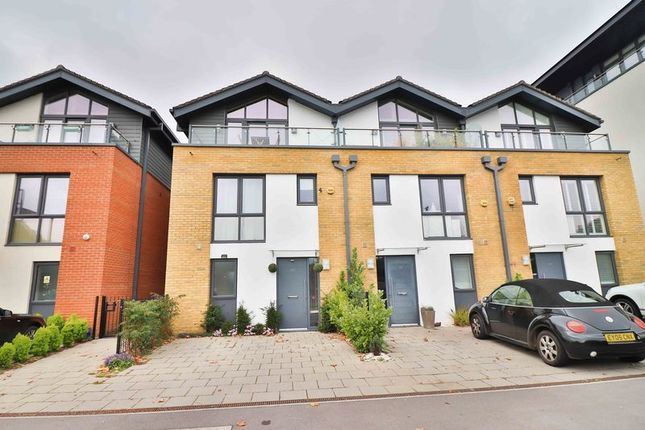 Thumbnail Terraced house for sale in Westfield Avenue, Woking