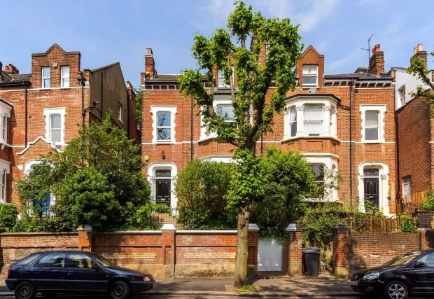Thumbnail Semi-detached house for sale in Cromwell Avenue, Highgate Village, London