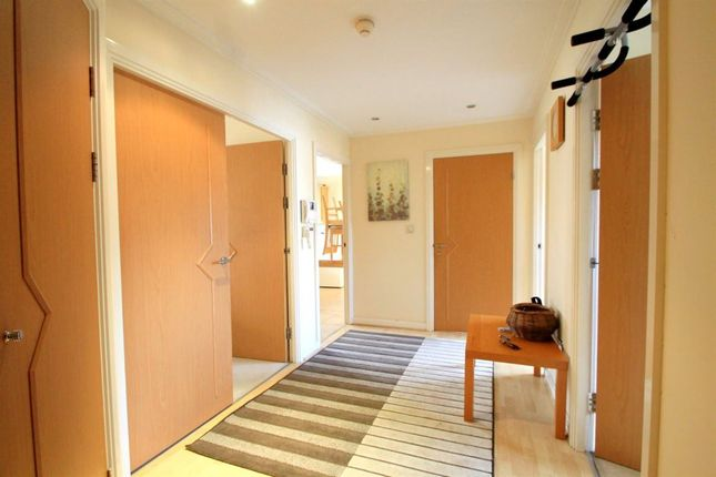 2 bed flat to rent in Judkin Court, Heol Tredwen, Cardiff