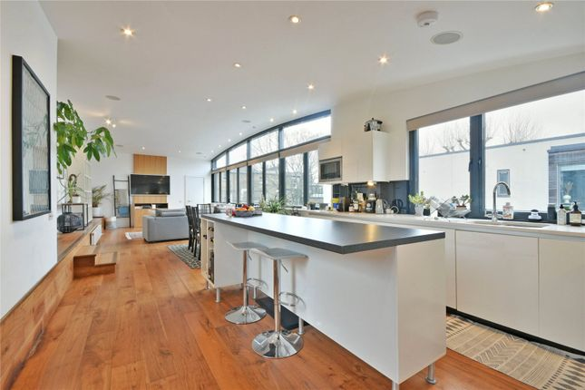 Thumbnail Flat to rent in Coleman Fields, Islington