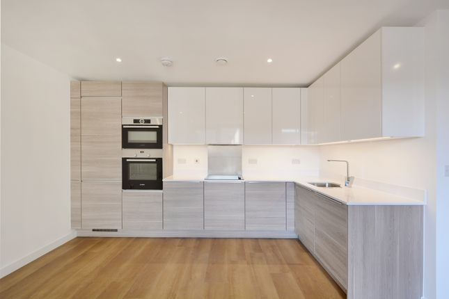 Thumbnail Flat to rent in Cleveley Court, Marine Wharf, London
