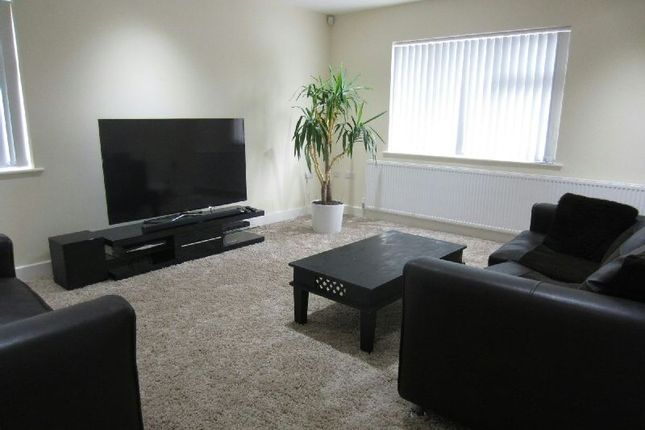 Thumbnail Flat to rent in Button Lane, Northern Moor, Manchester