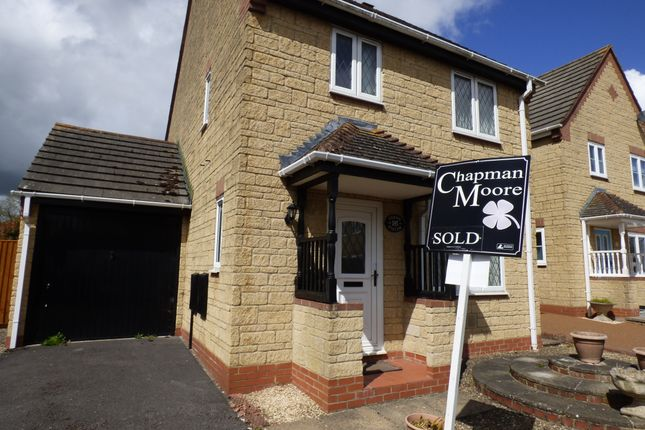 Thumbnail Detached house for sale in Church View, Gillingham