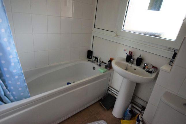 65 Bath of Goshawk Road, Haverfordwest SA61