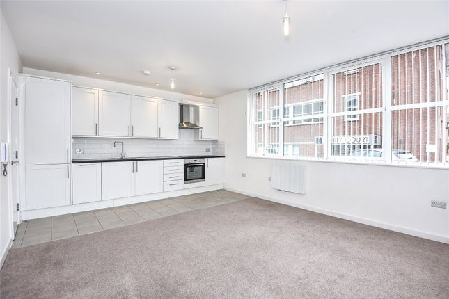 Thumbnail Property to rent in Trinity Court, Emmview Close, Wokingham, Berkshire