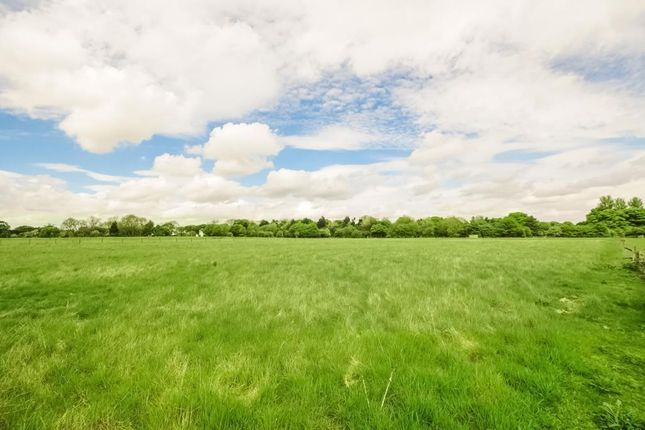 Thumbnail Land for sale in Brooks Meadow, Lambourn