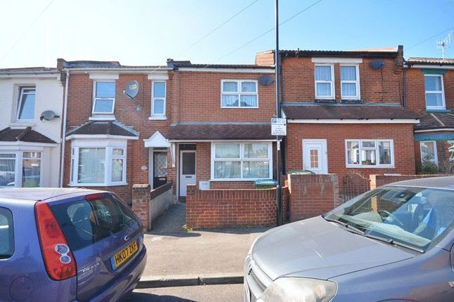 3 bed terraced house to rent in Norham Avenue, Shirley, Southampton