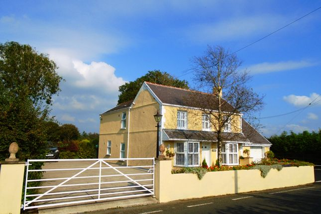 Thumbnail Country house for sale in Cottage, Llannon, Llannon, Llanelli, Carmarthenshire, West Wales