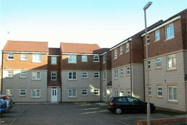 Thumbnail Flat to rent in Highfield Rise, Chester Le Street, Durham
