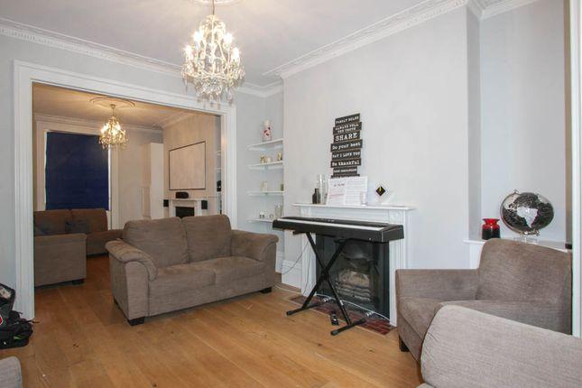 Thumbnail Terraced house to rent in Grafton Street, Brighton