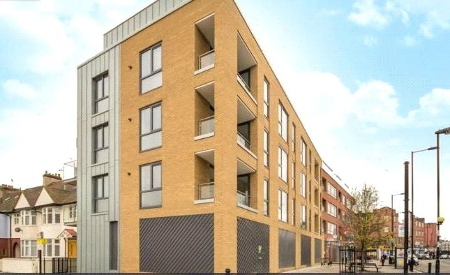 Thumbnail Property for sale in The Place, Well Street, Hackney, London