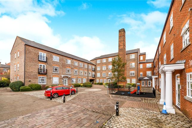 Thumbnail Flat for sale in Milliners Court, Lattimore Road, St. Albans