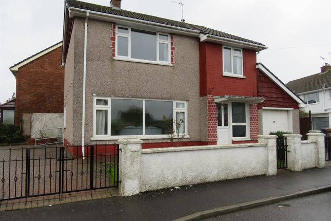 Thumbnail Detached house for sale in Derwen Close, Cefn Road, Blackwood
