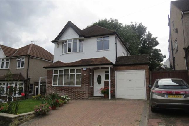 Thumbnail Detached house to rent in Elm Grove, Orpington
