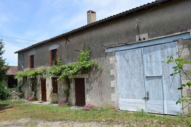 1 bed property for sale in Poursac, Poitou-Charentes, 16700, France