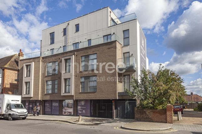 Thumbnail Flat to rent in Tenby Mansions, Brent Street, Hendon