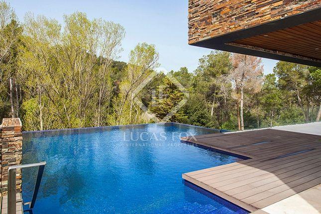 Thumbnail Villa for sale in Spain, Barcelona, Sant Cugat / Valldoreix, Bcn2439