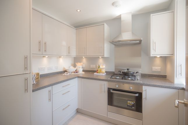 3 bedroom terraced house for sale in Banbury Road, Southam, Warwick