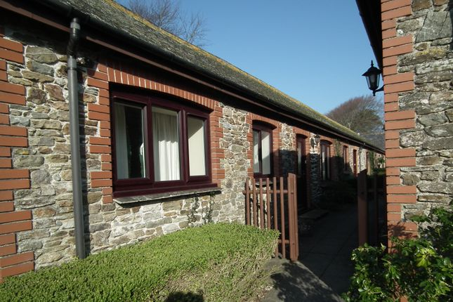 Thumbnail Bungalow for sale in Barbican Road, East Looe, Cornwall