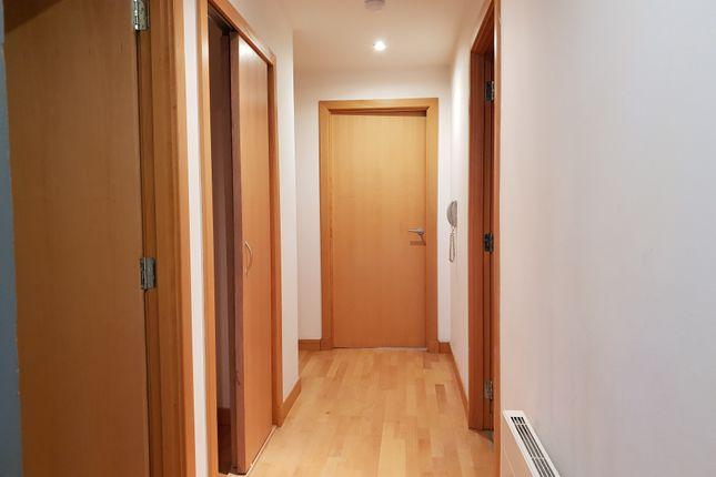 Hallway of High Street, Glasgow G1