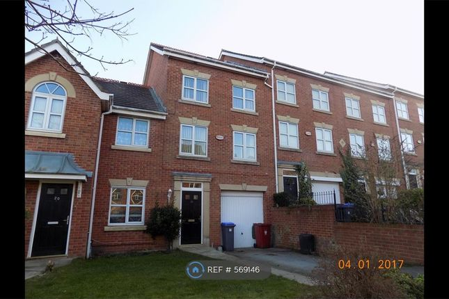 Thumbnail Terraced house to rent in Rosefinch Way, Blackpool