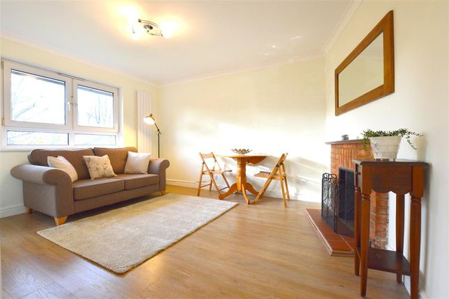 Main Picture of Stapleford Close, London SW19