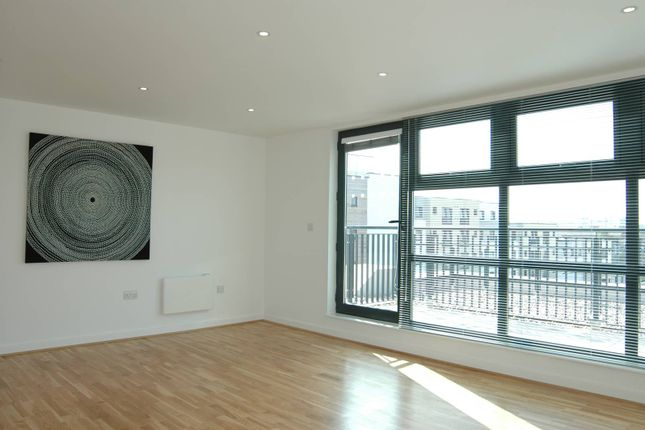 Thumbnail Flat to rent in St Pancras Way, King's Cross