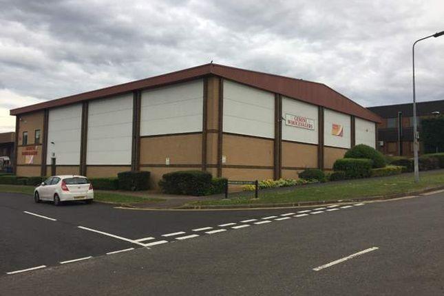 Warehouse to let in Wedgewood Way, Stevenage