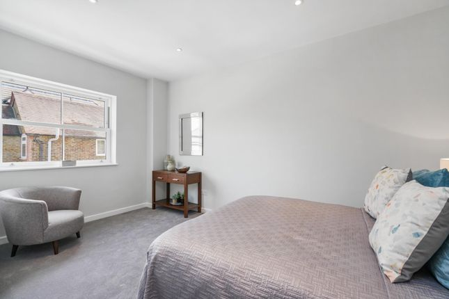Thumbnail Property for sale in Claremont Road, West Byfleet