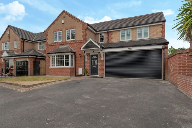Thumbnail Detached house for sale in Martingale Drive, Leeds