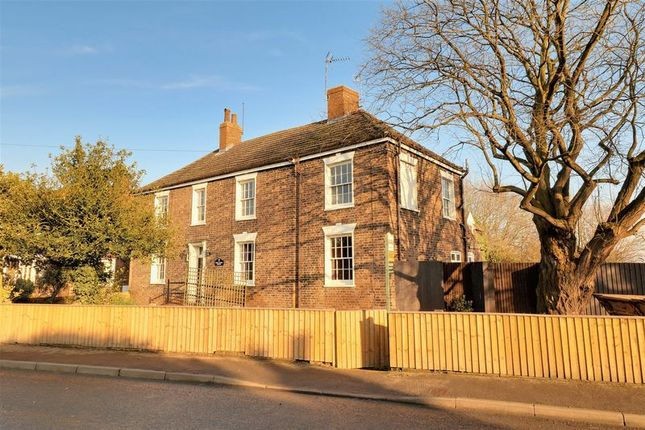 Thumbnail Detached house for sale in Beck Farm House, Beck Lane, Barrow-Upon-Humber